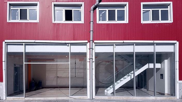 پروژه کارخانه سن ایچ عالیفرد واقع در شهرک صنعتی فیروزکوه و اجرای نمای کرتین وال