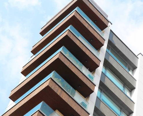 پروژه ساختمان مسکونی قیطریه و اجرای نرده شیشه ای کاری از گروه مهندسی هفت آسمان